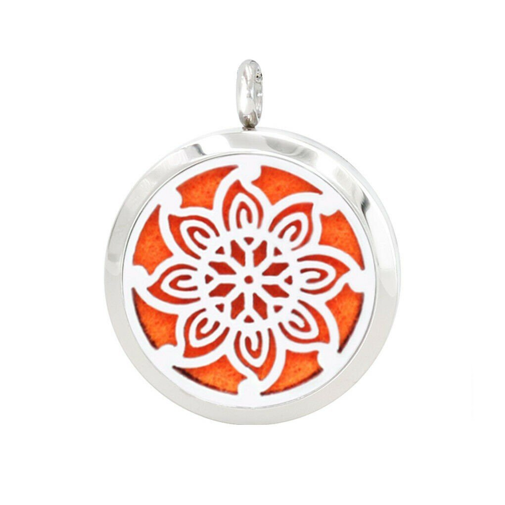 Flower style necklace diffuser (16 colours)