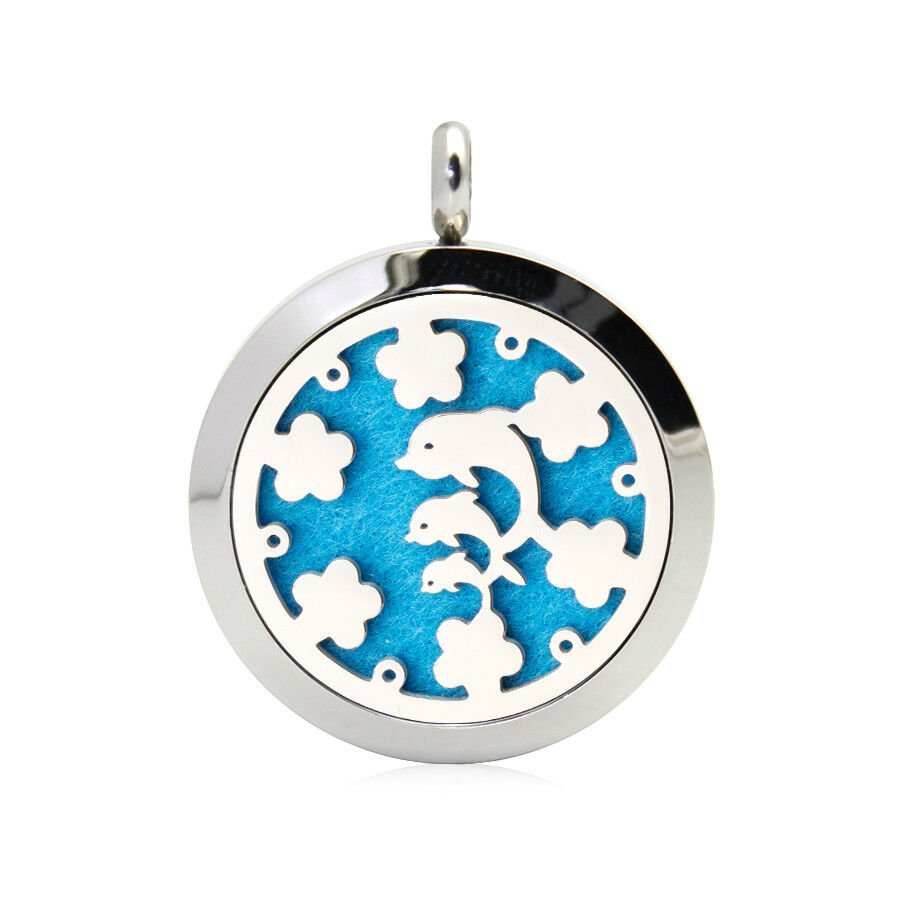 Dolphins necklace diffuser